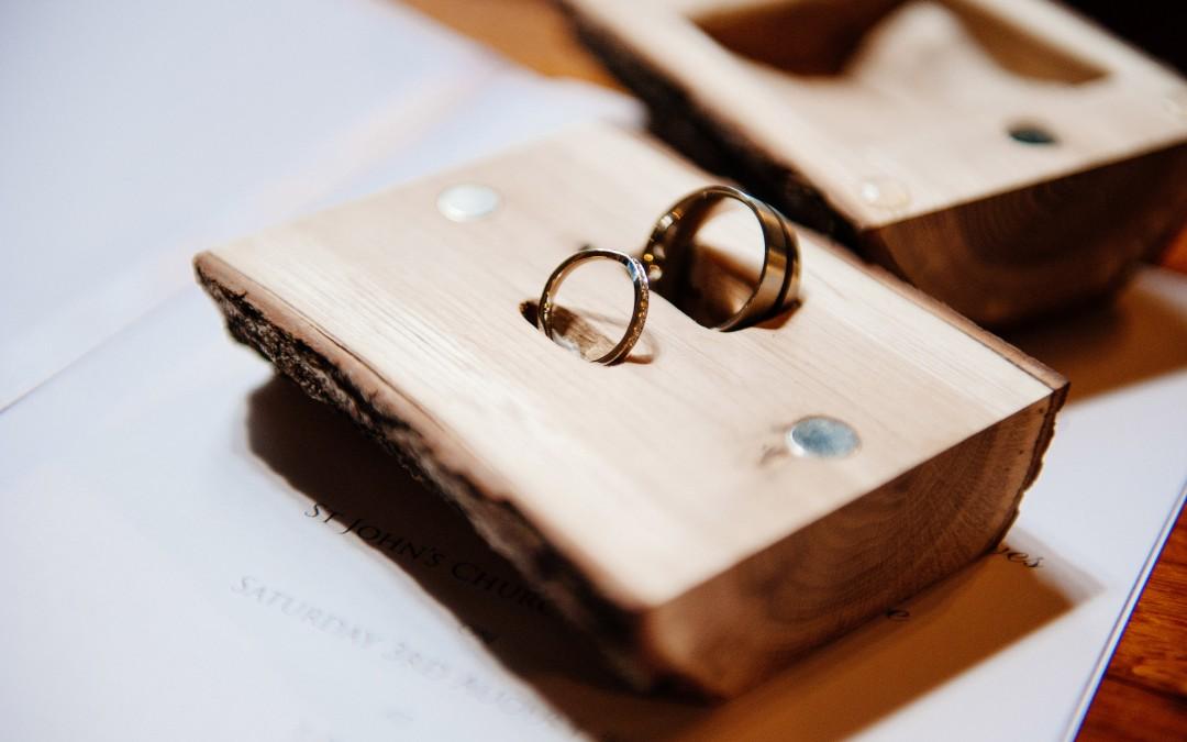 Log ring box